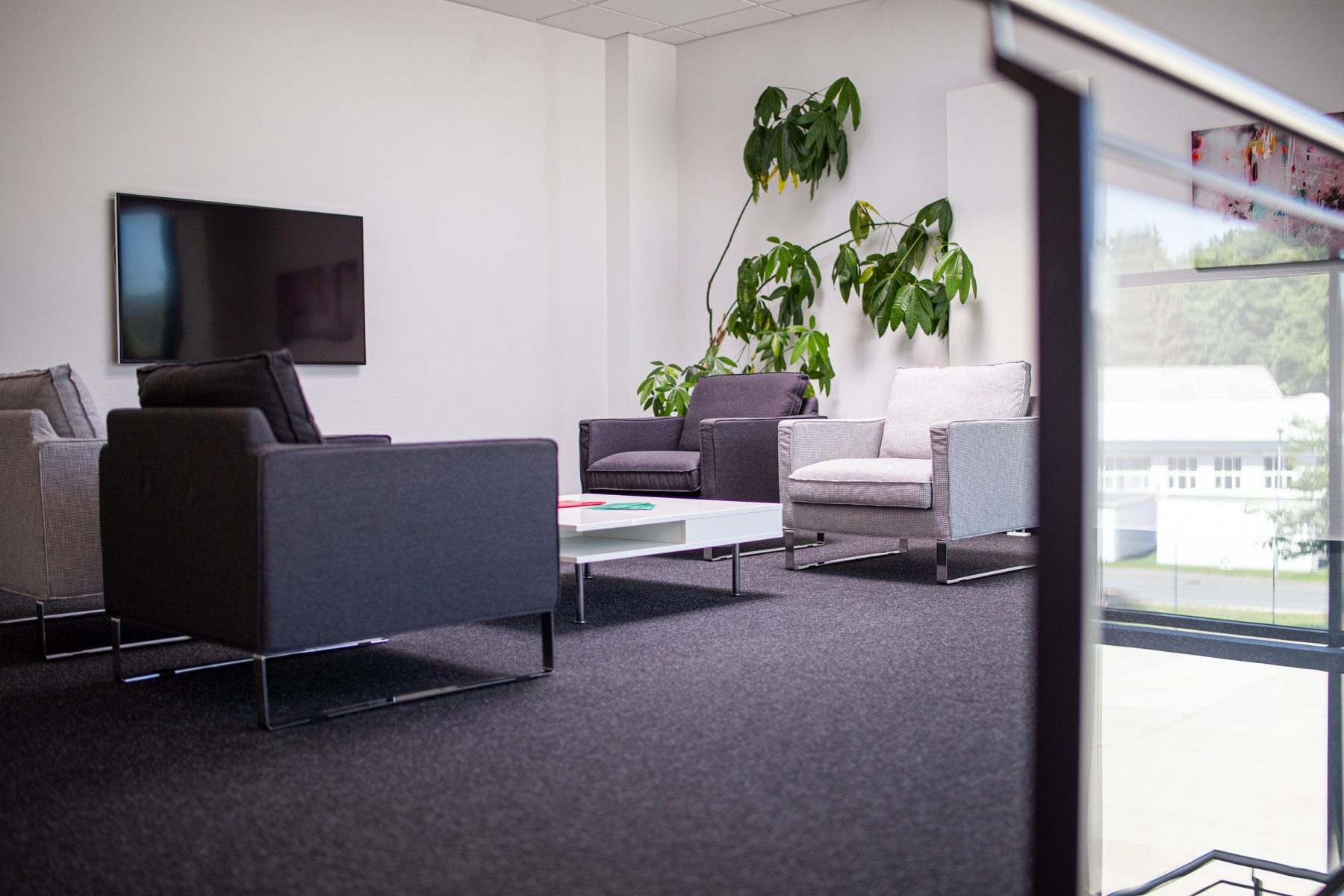 Customized office space in the Lage-Kachtenhausen industrial park (OWL)